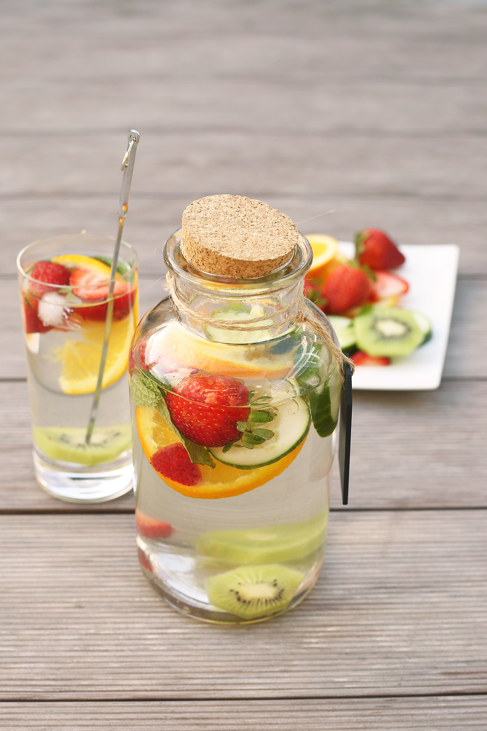 So fresh and citrusy, this water is an everyday favorite. The water's flavor has the sweetness of orange juice but without the added sugar. You'll love it, especially if you are seeking an intensely flavored infused water to replace soft drinks or commercial fruit juice.