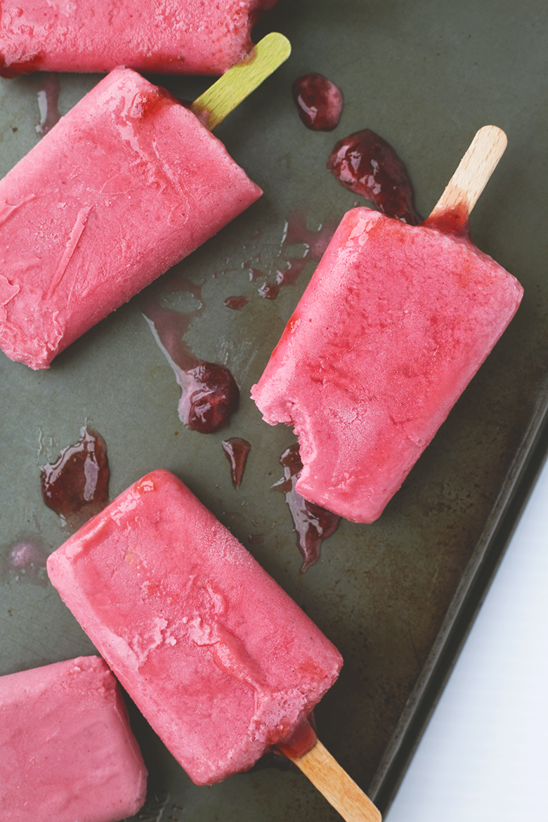 Vegan Strawberries and Cream Popsicles + Cocobella Giveaway #vegan #popsicles #summer #coconutwater #cocobella #healthy #raw #delicious #frozen #icecream #veganrecipe