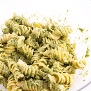 Simple Healthy Vegan Pesto Pasta