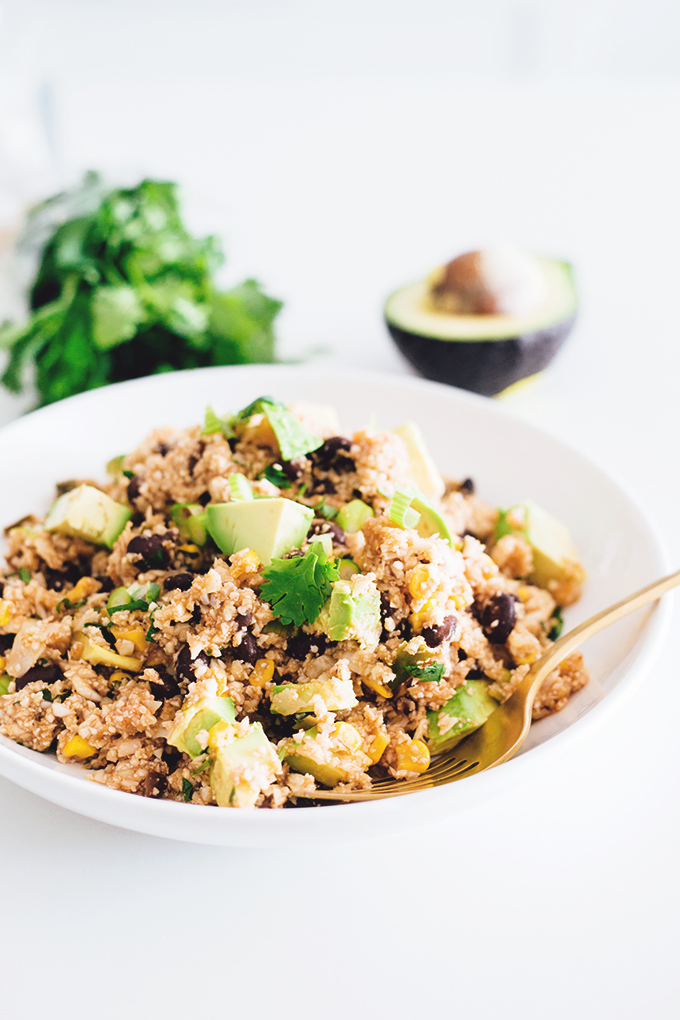 Low Carb Vegan Mexican Cauliflower Rice - a delicious and healthy low carb alternative to Mexican Rice. #cauliflower #vegan #lowcarb #veganrecipes #blackbeans #healthy #vegetarian #detox