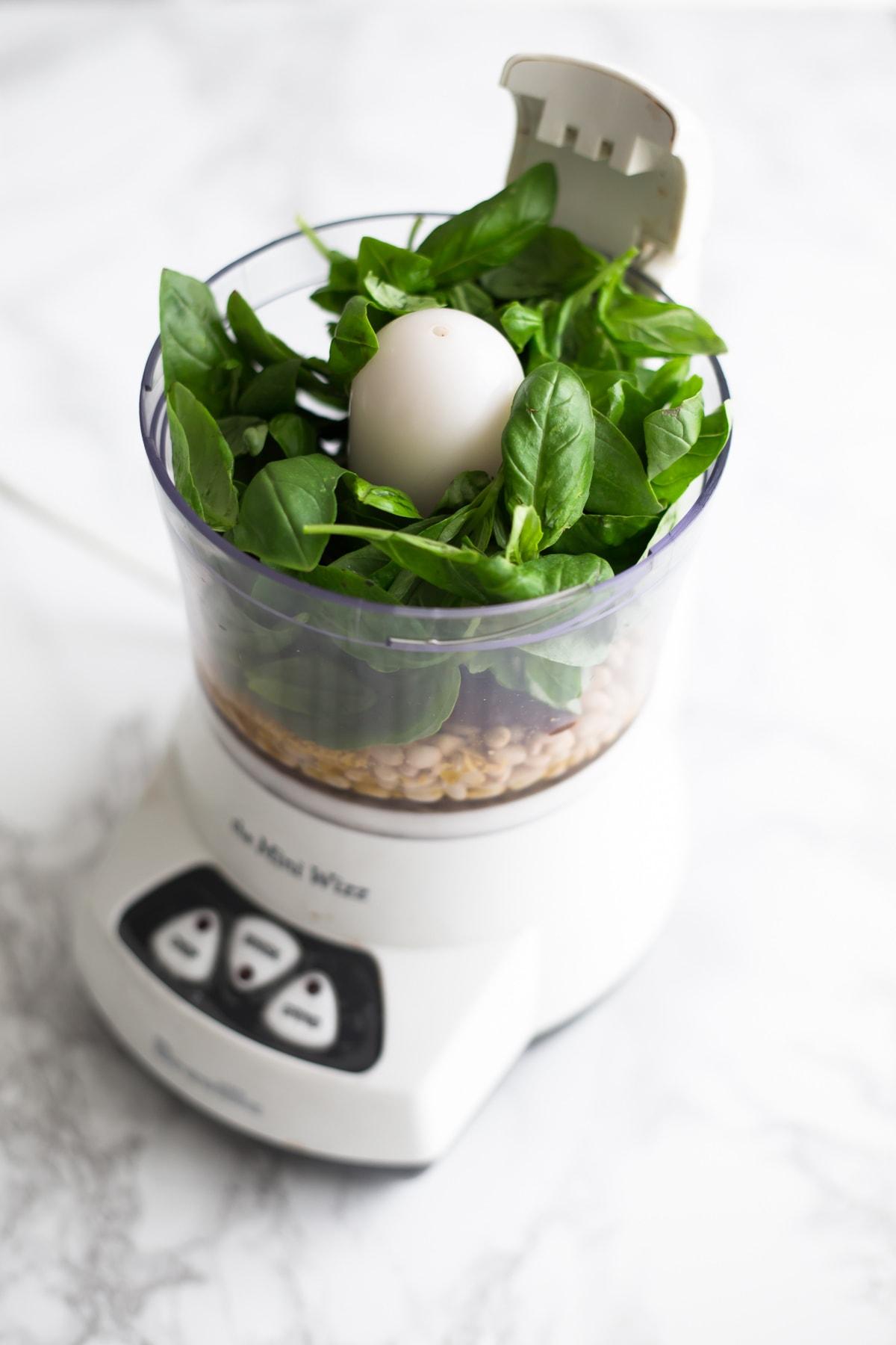 Vegan Pesto Aioli Recipe With Aquafaba Mayonnaise Simple Healthy Delicious #aioli #aquafaba #mayonnaise #vegan #pesto #dairyfree #simple #chickpea #cheap #easy #basil #pinenuts