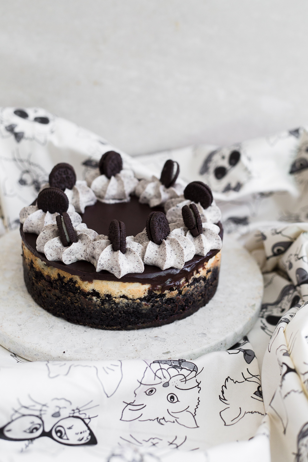 The Ultimate Baked Vegan Cheesecake recipe, so good you'll even fool the omnivores! Easy to make, low in cost and 100% Nut Free/Dairy Free. #dairyfree #bakedcheesecake #vegancheesecake #cheesecake #nutfree #oreocheesecake #veganrecipes #veganbakedcheesecake #simple