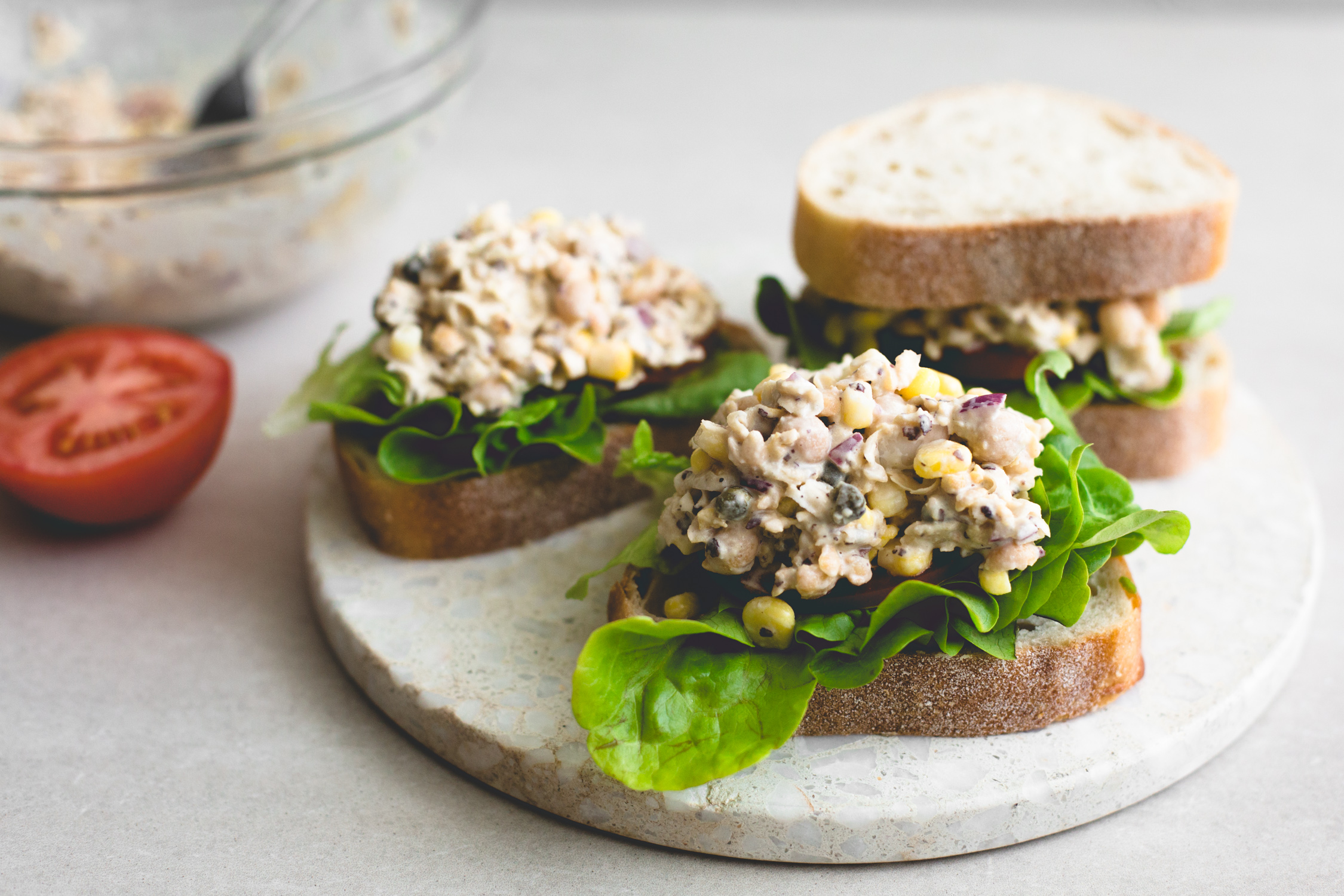 The Best Vegan Tuna Salad ever! Made with Chickpeas, Vegan Mayo, Dill, Capers, Onion and a secret ingredient! Ready in under 10 minutes. #tunasalad #plantbased #chickpeas #sandwich #healthy #vegetarian #tunamayo #tunasandwich #fauxtuna