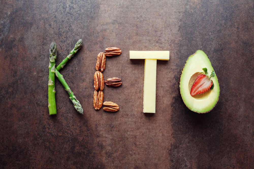 Thinking of joining the Keto Diet craze? Wondering how you will be able to stick to such a strict regime? Here are 5 cheats that make the Keto Diet so easy! #vegan #keto #ketogenic #lowcarb #diet #lifestyle #health #immunity #fat #protein